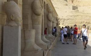 مصر تسعى لتنشيط حركة السياحة بورشة عمل وافتتاح معابد جديدة بالأقصر